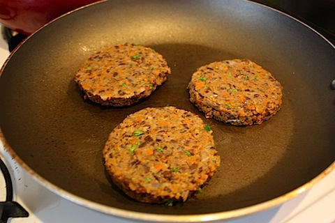 blackbean burger1.JPG