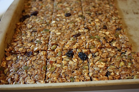 ... bars here — not when I can make healthy oat squares like these at
