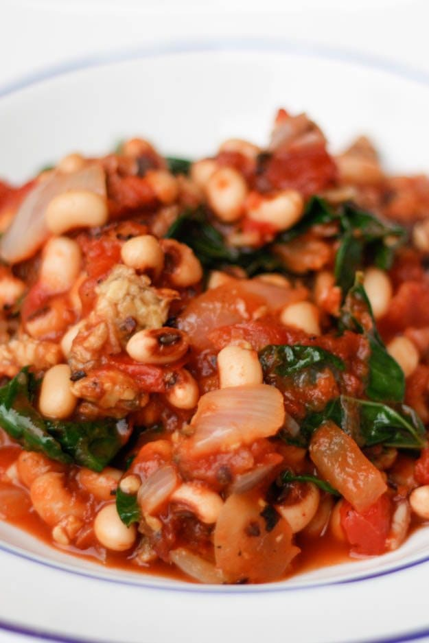 Vegan Black Eyed Peas with Tomatoes and Kale