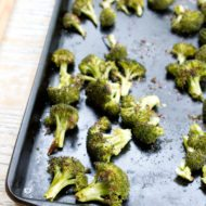 Easy and Healthy Roasted Broccoli