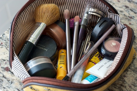 This is my smaller make-up bag that contains the things I use on a daily basis. I'm a pretty simple lady and like for my make-up to look really natural for ...