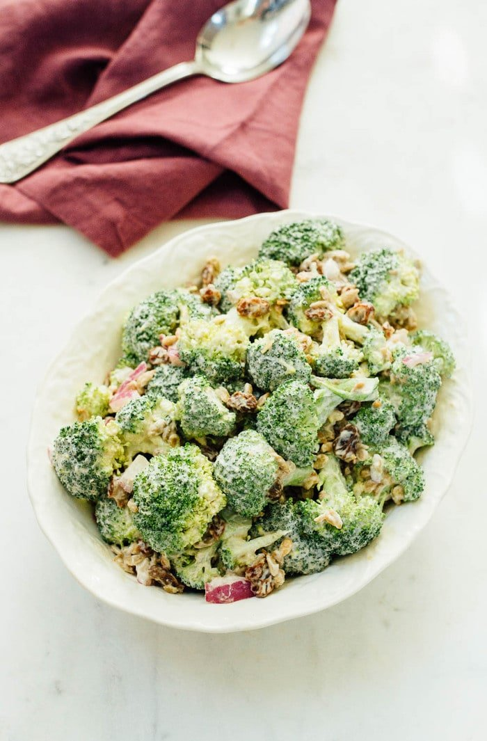 The BEST vegan broccoli raisin salad made with a rich and creamy cashew dressing instead of mayo. | eatingbirdfood.com