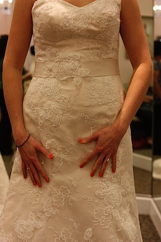 wedding dress shopping richmond va.JPG