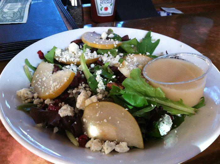 pear salad devil's backbone