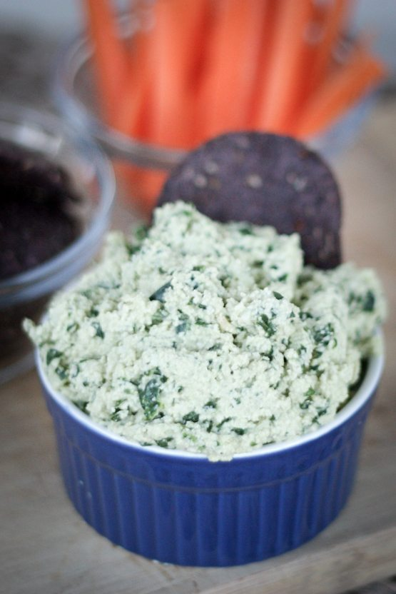 Super Bowl Vegan Spinach Dip