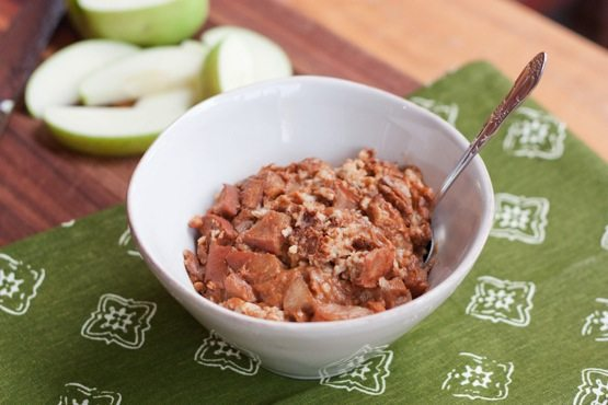 Slow Cooker Apple Cinnamon Steel-Cut Oatmeal