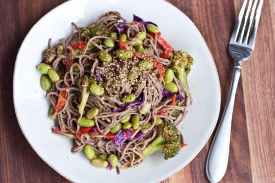 Soba Noodles with Edamame and a Spicy Miso Sauce - Eating Bird Food