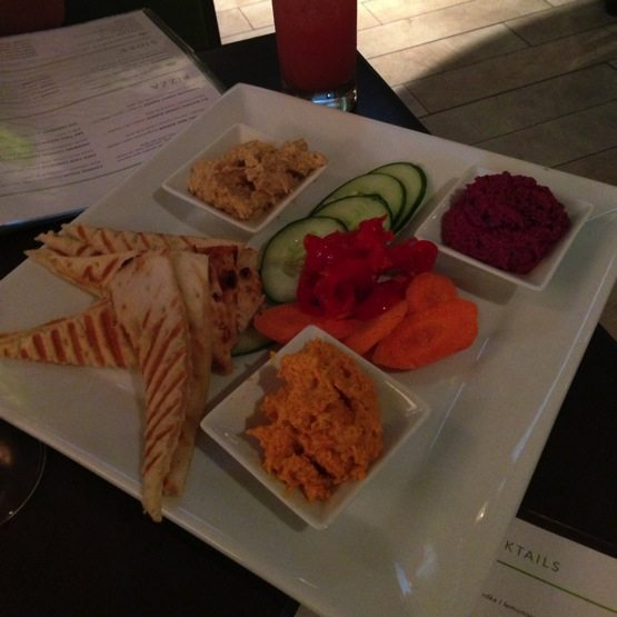 The Daily - Hummus Plate