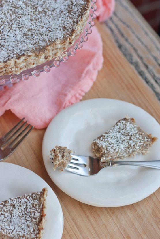 Healthy Coconut Cream Pie // Grain-Free, Gluten-Free, Nut-Free & Vegan