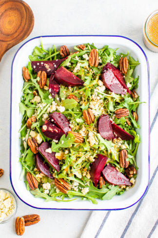 Beet Salad with Arugula and Balsamic Dressing