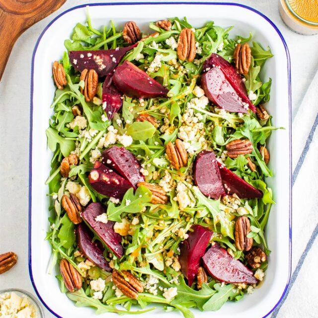 Beet Salad with Arugula and Balsamic Dressing