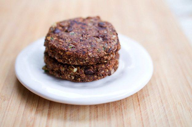 Spicy Chili Black Bean Burgers // gluten-free, vegan