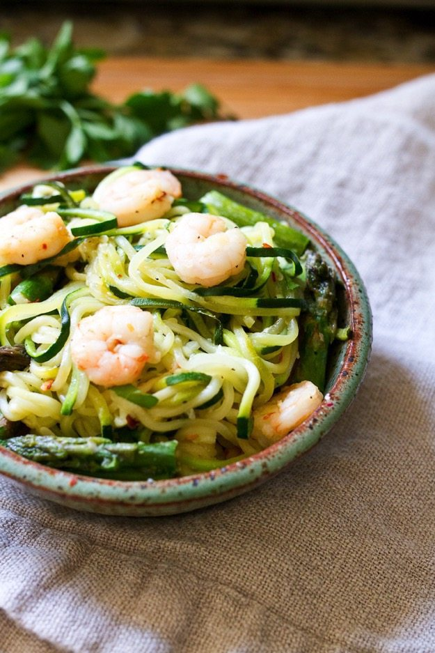 garlic shrimp and asparagus over zucchini noodles