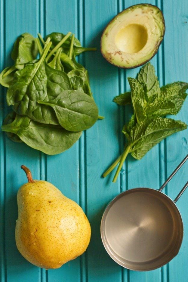 Pear & Avocado Smoothie Ingredients