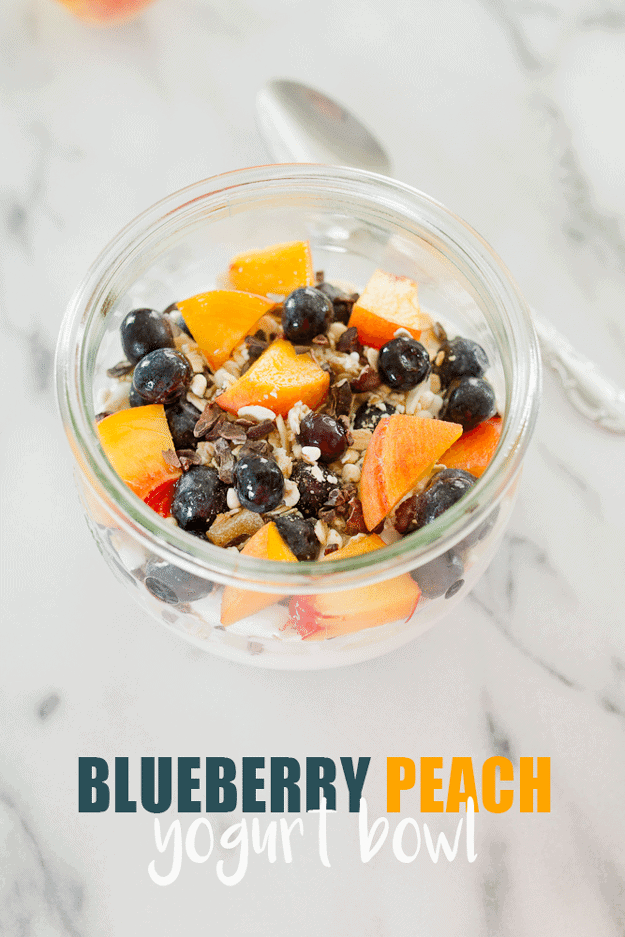 Loaded with protein and easy to prep, this blueberry peach yogurt bowl is the perfect summer breakfast.  #recipe #healthy #glutenfree