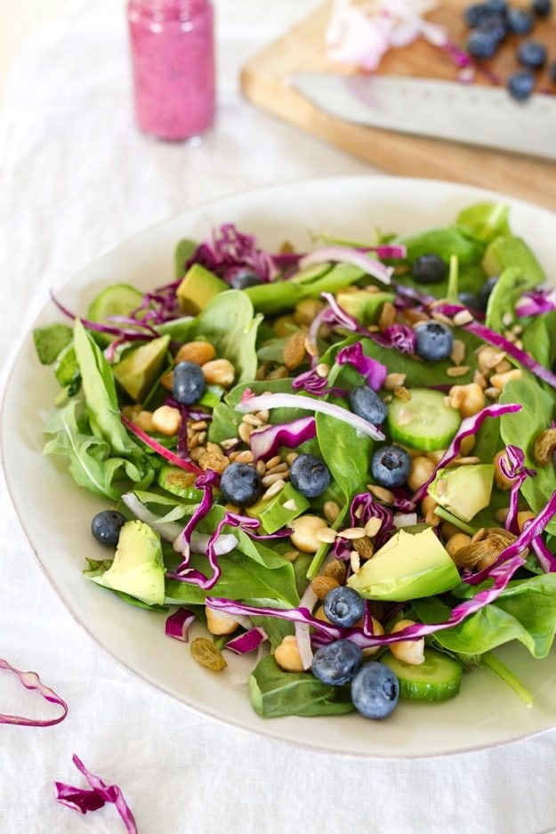 Antioxidant Power Salad with Blueberry Tahini Dressing #vegan #healthy #plantbased
