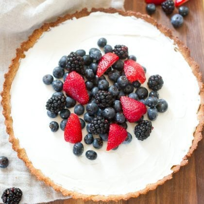 Healthy Greek Yogurt Berry Tart