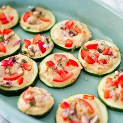 Mini Zucchini Hummus Pizza Bites