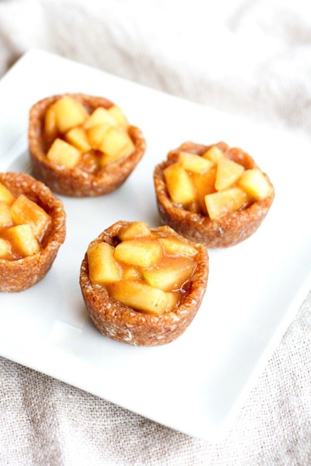 Mini apple pie bite