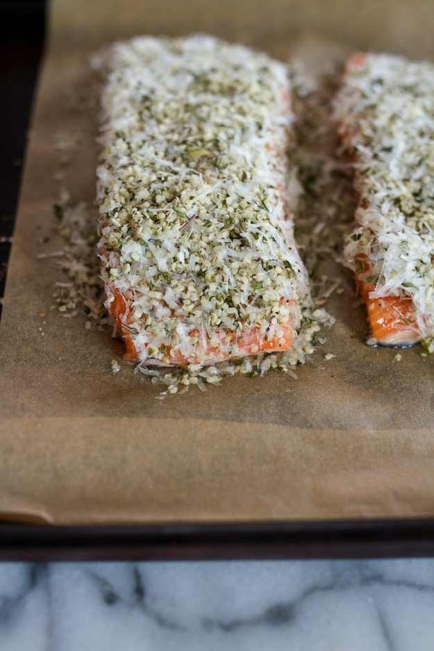 Quick and Easy Hemp and Pecorino Crusted Salmon // High in protein, gluten-free and low-carb.