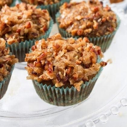 Old-Fashioned Oatmeal Cupcakes (vegan + gluten-free)