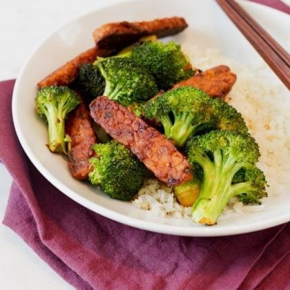 Garlic Teriyaki Tempeh and Broccoli