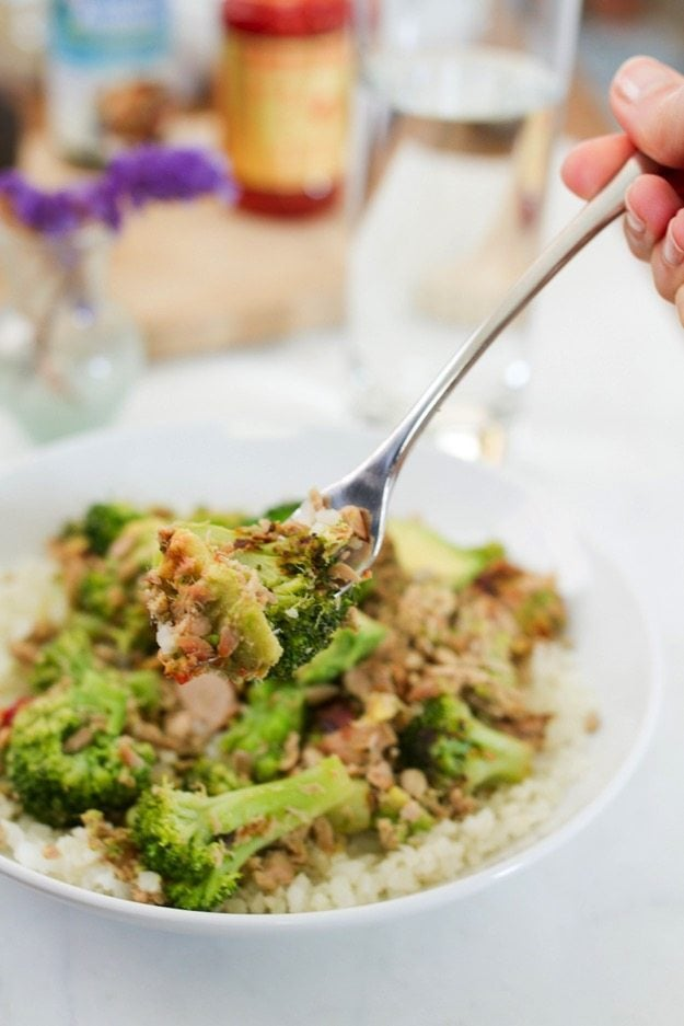 HEALTHY Broccoli Avocado Tuna Bowl