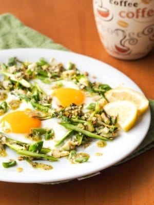 Sunny-Side-Up-Eggs-on-Brussels-Sprouts-Asparagus-Hash-GF1