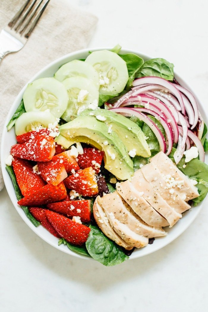 Seven slimming meal sized salads free ebook eating bird food strawberry fields salad grilled chicken crunchy cucumber slices avocado red onion feta fandeluxe Choice Image