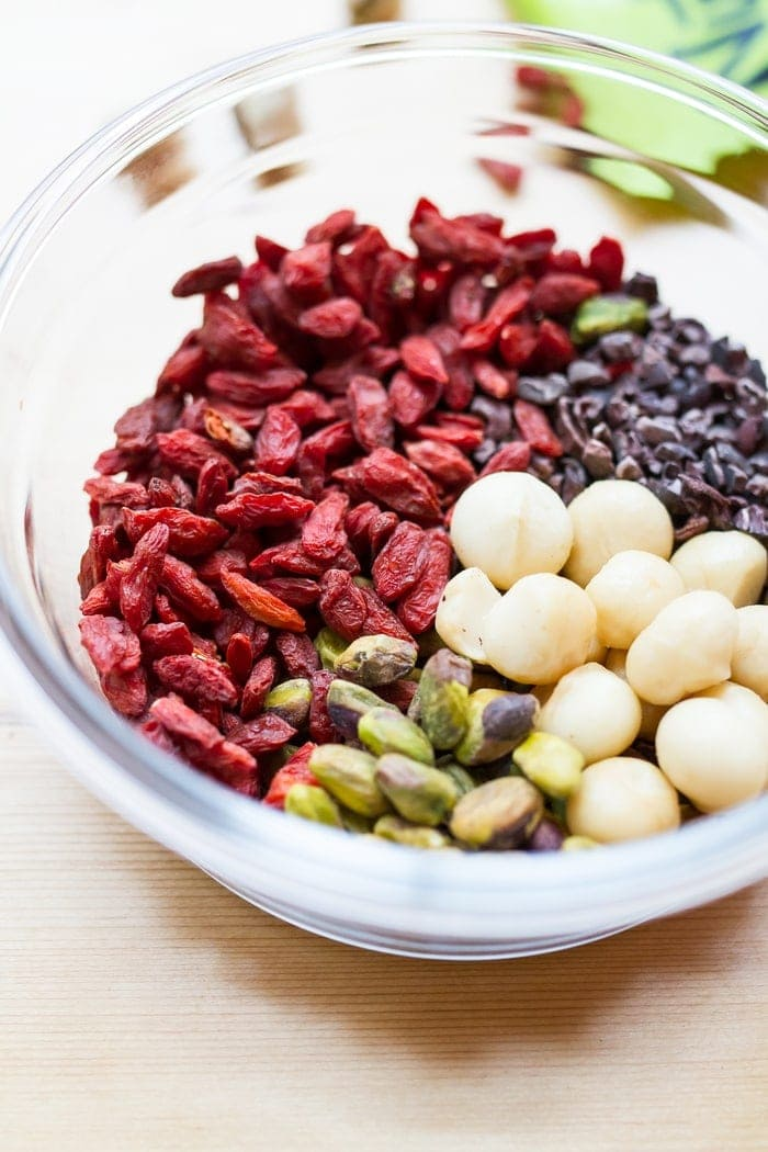 Snack healthy with this crunchy, vibrant pistachio trail mix. It's a delicious blend of roasted pistachios, macadamia nuts, goji berries and cacao nibs.