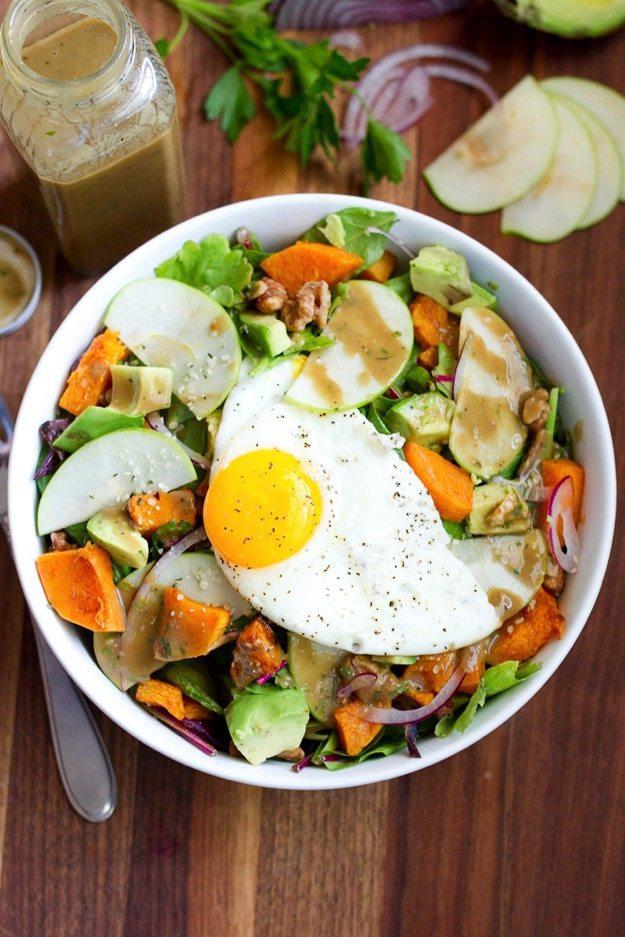 fall-avocado-breakfast-salad