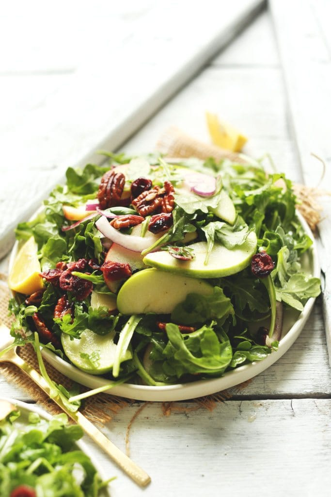 simple-delicious-easy-apple-arugula-salad-with-pecans-and-lemon-vinaigrette-a-healthy-hearty-side-dish-for-fall-and-winter-salad-recipe-vegan-healthy-dinner