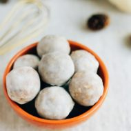 Healthy Pumpkin Spice Donut Holes