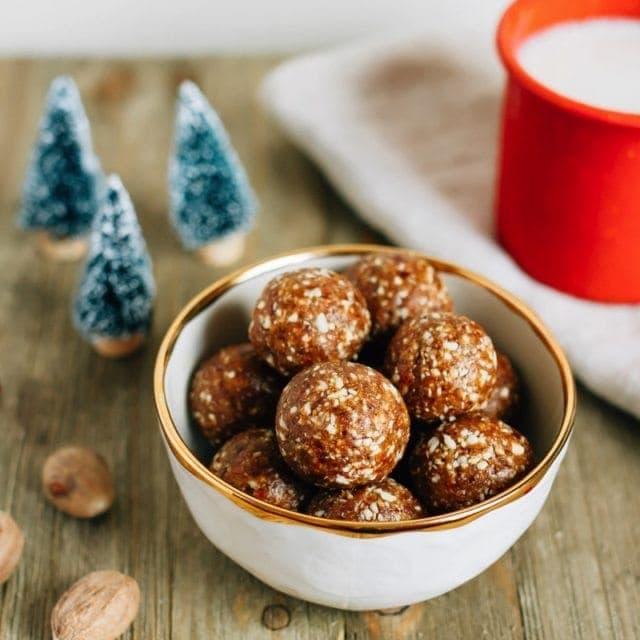 Gingerbread Larabar Balls