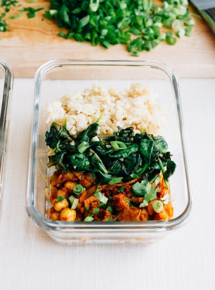 Curried Chickpea Meal Prep Bowls // A vegan meal prep recipe that comes together fast and tastes great!