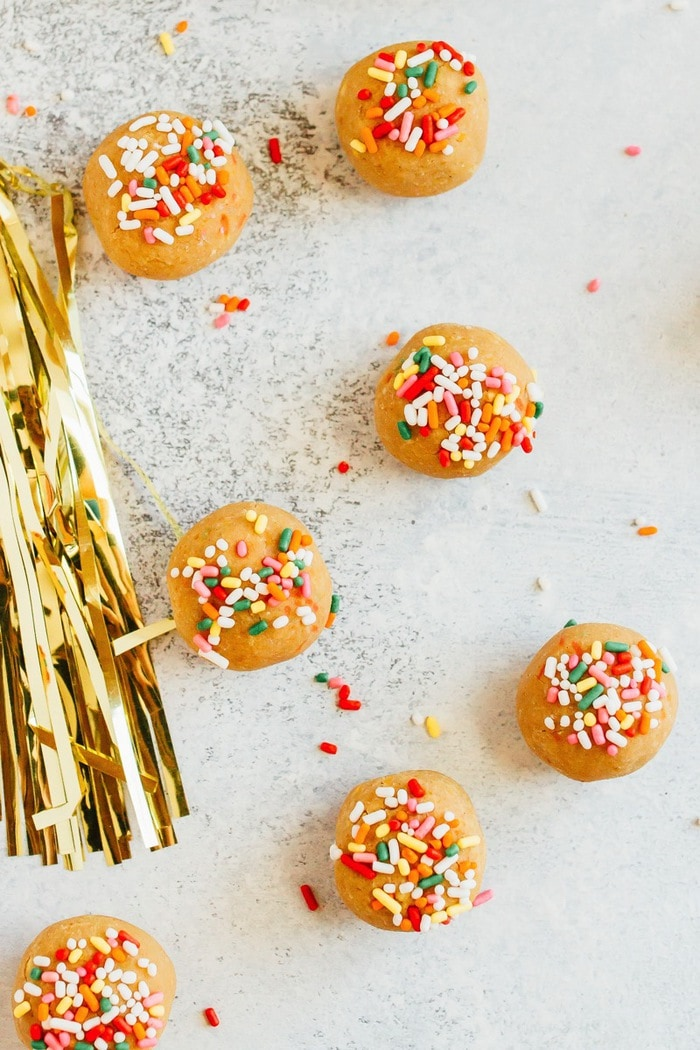 Have your cake and eat it too! These Vanilla Bake balls are moist, fluffy and taste like cake, but they're made with healthy ingredients like chickpeas, vegan protein powder and cashew butter. Vegan + gluten-free.