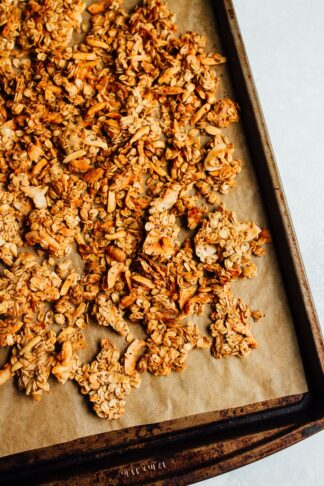 Coconut Almond Granola (with clumps)