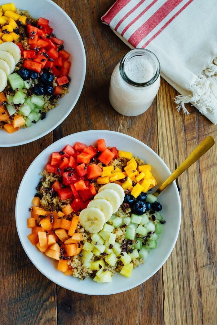 Cinnamon Quinoa Breakfast Bowl from Eating Bird Food