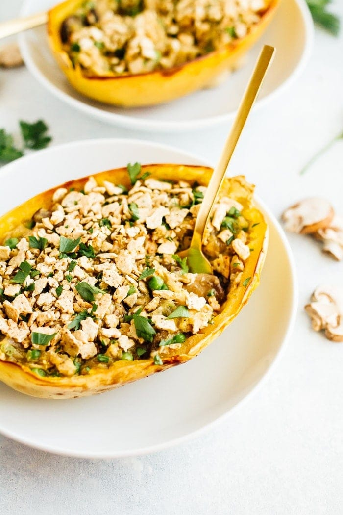 A healthy spin on a comfort food classic, these spaghetti squash tuna casserole boats are filled with loads of creamy noodle goodness. Gluten-free, dairy-free, low-carb and paleo!