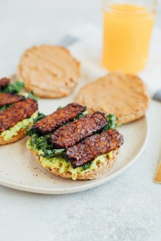 Vegan Breakfast Sandwich with Tempeh Bacon