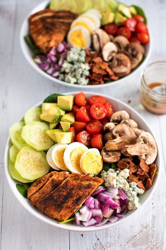 BLACKENED CHICKEN COBB SALAD // PALEO, GRAIN-FREE, KETO-FRIENDLY
