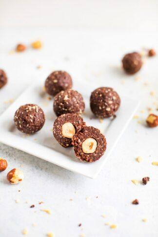 Hazelnut Chocolate Balls (Copycat Ferrero Rocher)