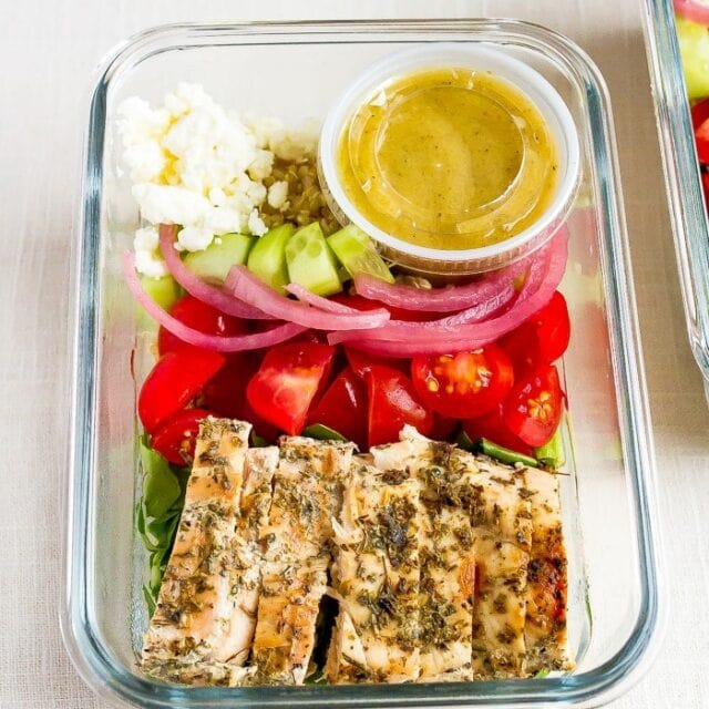Grilled Chicken and Quinoa Meal Prep Bowls