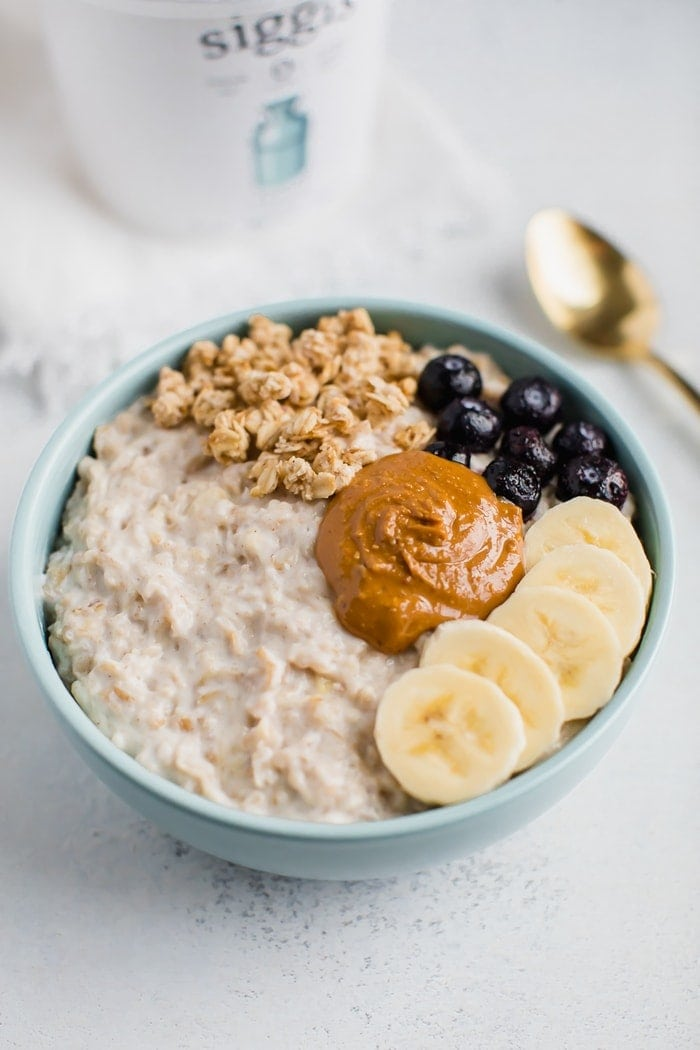 Greek Yogurt Oatmeal Eating Bird Food
