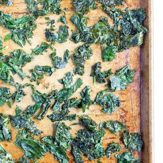 Easy Baked Kale Chips