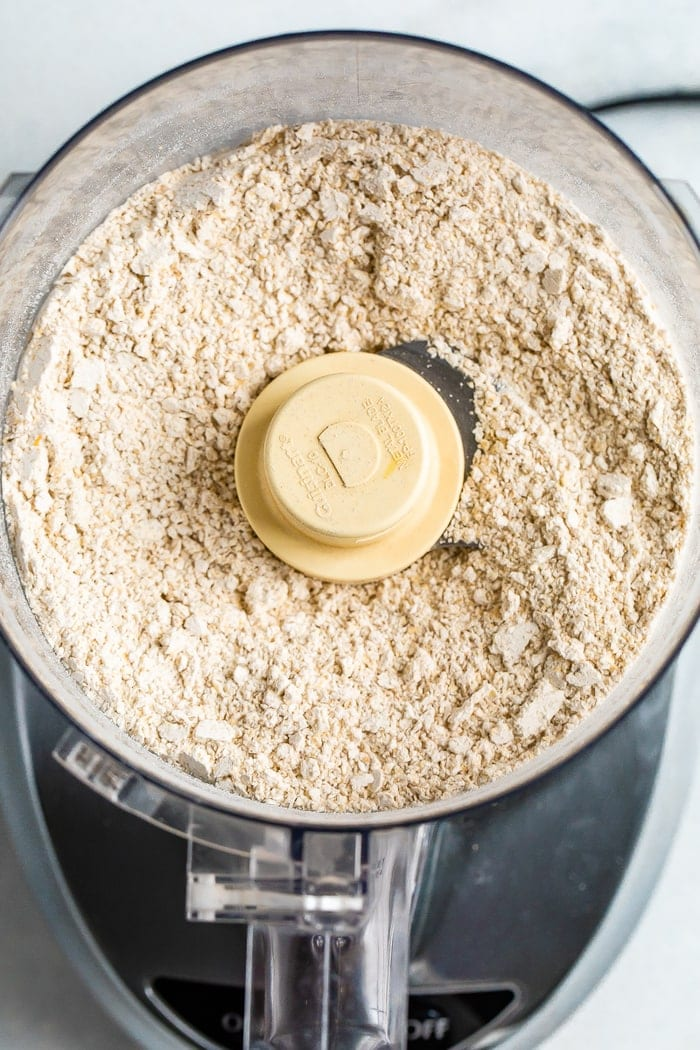 Blended rolled oats in a food processor.