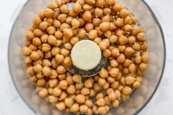 Chickpeas in a food processor.