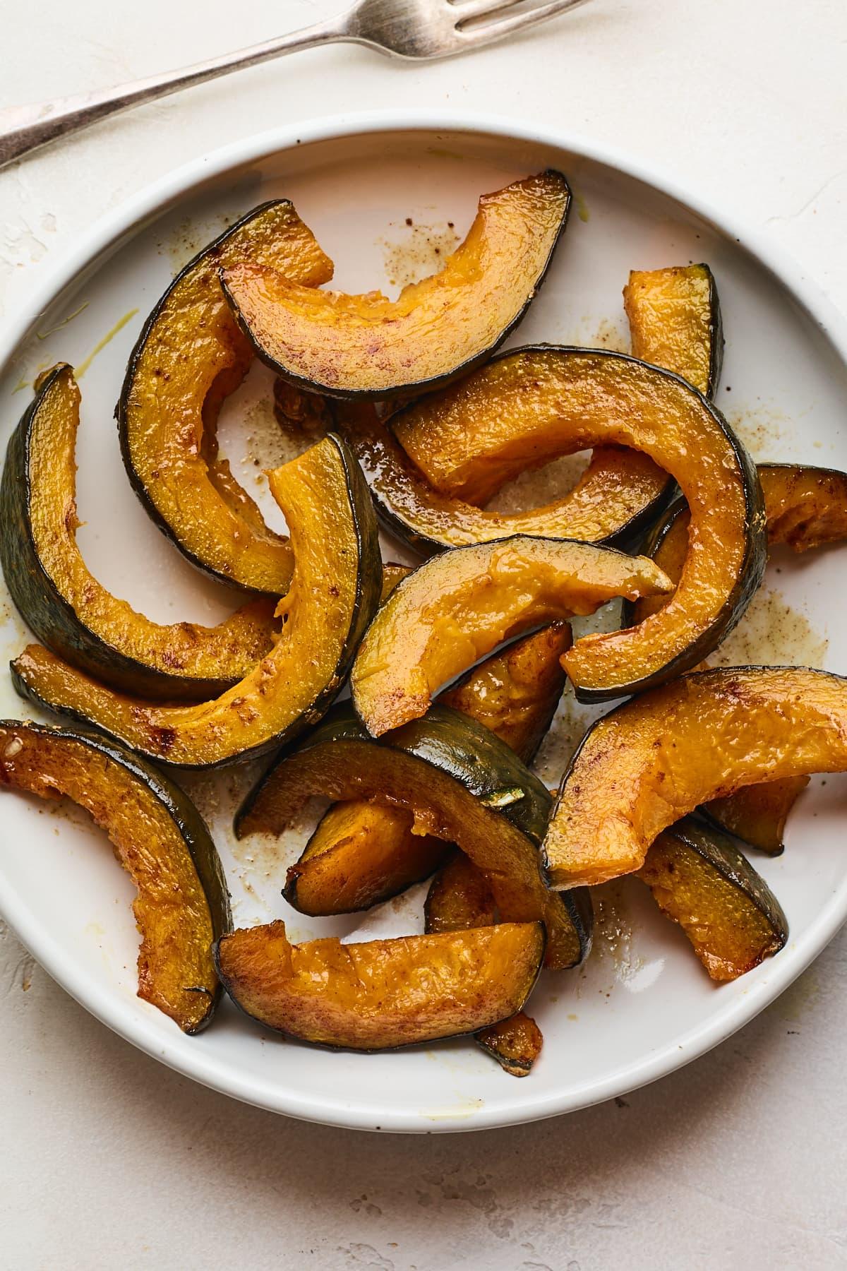Cinnamon Maple Roasted Kabocha Squash